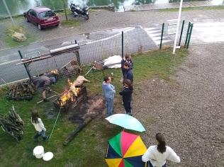Lancement de la cuisson...à la flamme et à l'eau ...