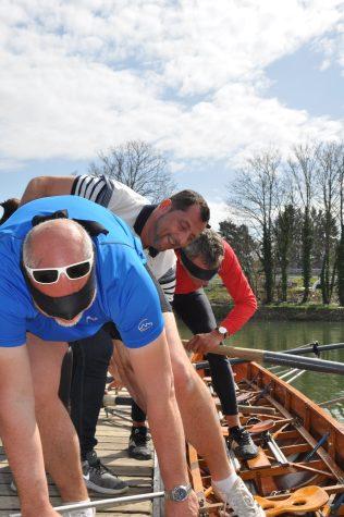 François et Philippe, responsables du matériel RCM, ont du mal à reconnaître leurs bateaux !